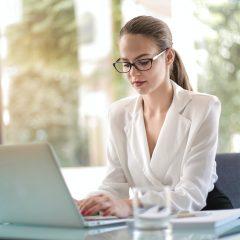 Studiu: Candidatii incep sa accepte salarii mai mici