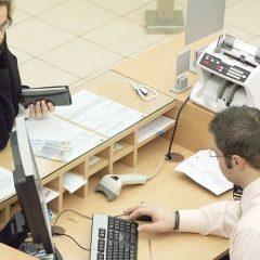 Domeniile cu salarii medii net de peste 5000 lei in Romania