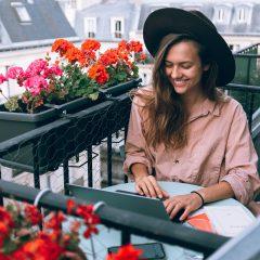 Munca de acasa va continua si in 2021 în Europa Centrala si de Est