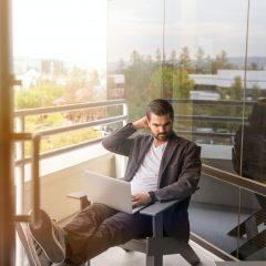 Angajatii in regim de telemunca sunt la fel de productivi ca la birou