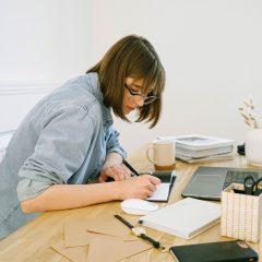 Provocarile muncii de acasa si cum le poti face fata