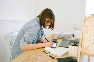 provocarile muncii de acasa